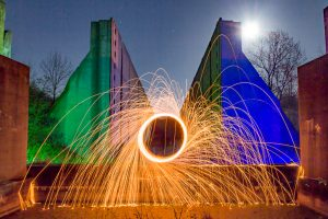 Light Art an der verlassenen Schleuse